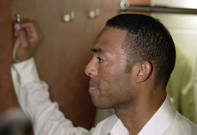 Mariano Rivera looks dejected after the Yankees lost to the Arizona Diamondbacks 3-2 in Game 7 of the 2001 World Series.