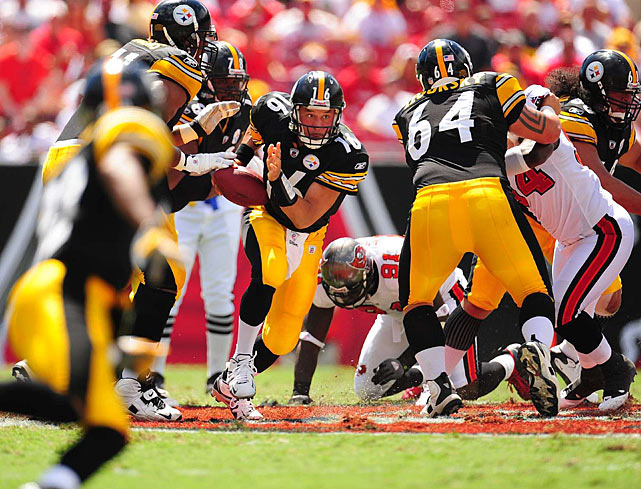 In addition to impressing with his arm, Charlie Batch put his speed on display during Pittsburgh's dominant performance.  The 13-year veteran scampered for a 24-yard run during a second-quarter drive.