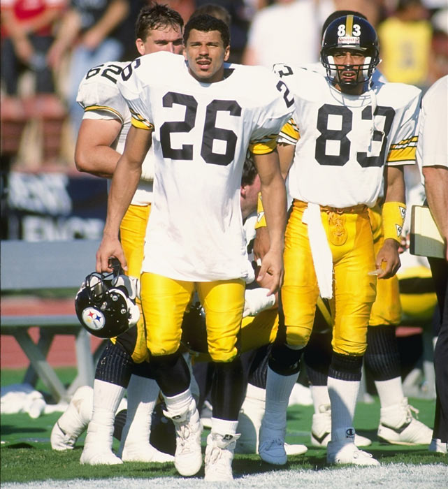 Pittsburgh defensive back Rod Woodson and wide receiver Louis Lipps take in the action during the Steelers' 20-3 loss to the Raiders.