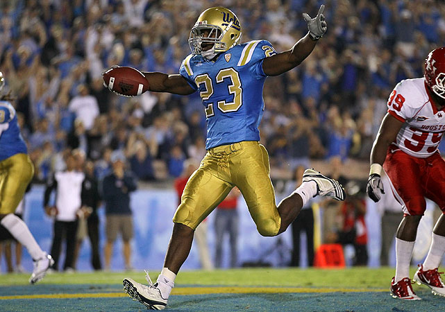 The Bruins posted their first victory in three tries this season, thanks to yeoman work from sophomore running back Johnathan Franklin, who rushed for 157 yards and three touchdowns, including this 2-yard dash that gave UCLA a commanding 21-3 lead in the second quarter.