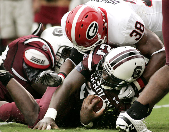 True freshman running back Marcus Lattimore was an absolute beast for South Carolina, scoring twice and rushing for 182 yards. Georgia, playing without star wideout A.J. Green, couldn't keep pace with its SEC East rival, and fell 17-6.