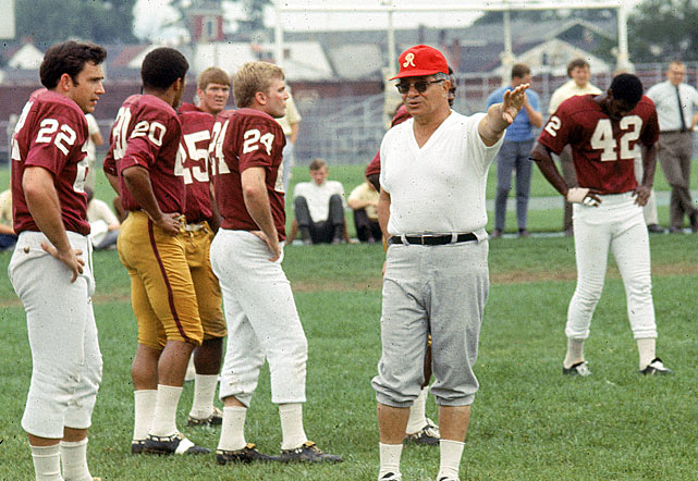 Lombardi led the Redskins to a 7-5-2 record in 1969, which broke a streak of 14 losing seasons for the team.