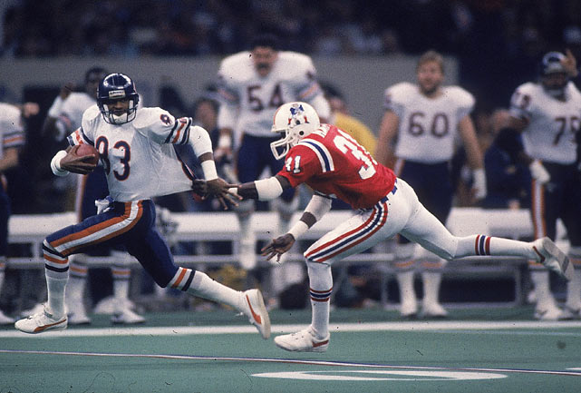 The game itself was a laugher. Chicago took a 13-3 first quarter lead and never looked back.  In this photo, Willie Gault jets past Patriots cornerback Fred Marion as he catches a long pass from McMahon.