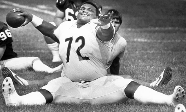 "The biggest player on the team -- defensive tackle William ""The Refrigerator"" Perry -- may have been its most popular. The 6-foot-2-inch, 382-pound rookie was a first-round pick out of Clemson and quickly earned the admiration of fans by his defense on the field and larger than life personality off it."