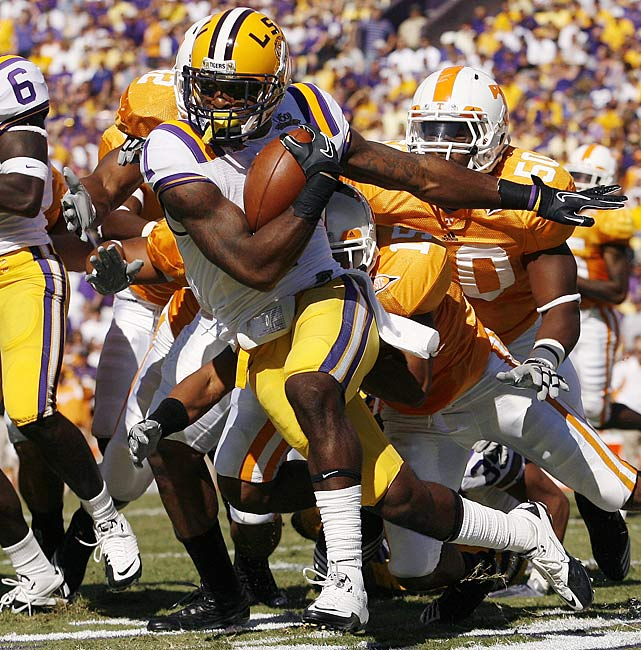 Last Week:  Four tackles; three punt returns for 30 yards, three kickoff returns for 64 yards in 16-14 win over Tennessee.   Season:  15 tackles, four interceptions, two passes broke up and four passes defended; 12 punt returns for 283 yards and two TDs, nine kickoff returns for 254 yards.  The Tigers are the most confounding 5-0 team in the land, but don't hold that against Peterson; he's the most dominant player on their sixth-ranked defense, as well as a dangerous return man. However, he was held back by the Volunteers, who rank 100 th  in punt-return defense, with 30 yards on three attempts. Les Miles said Peterson has been practicing on offense, but will we finally see it against Florida?  Next Up: Saturday at Florida