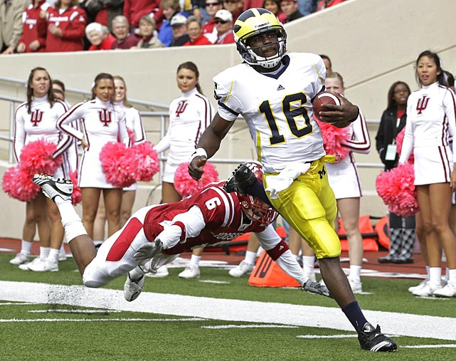 The Denard Robinson show continues. Against Indiana, Robinson threw for 277 yards and three scores and ran for 217 yards and two touchdowns, including the game-winner with 17 seconds remaining. It's the second time in five games Robinson has passed and rushed for more than 200 yards.