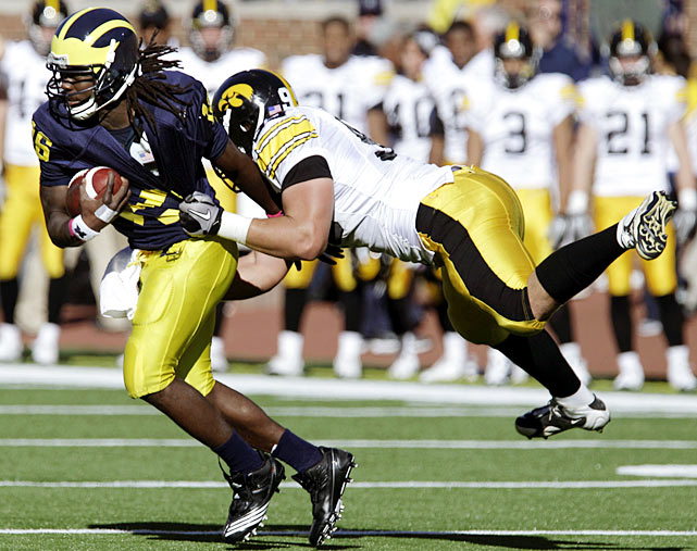 Denard Robinson completed 13 passes for 96 yards, a touchdown and a pick and ran the ball 18 times for 105 yards -- before yet again being sidelined by injury. Replacement Tate Forcier kept Michigan in the game despite two interceptions, but neither Forcier nor Robinson was as effective as Iowa QB Ricky Stanzi, who threw for 247 yards and three scores and did not commit a turnover.