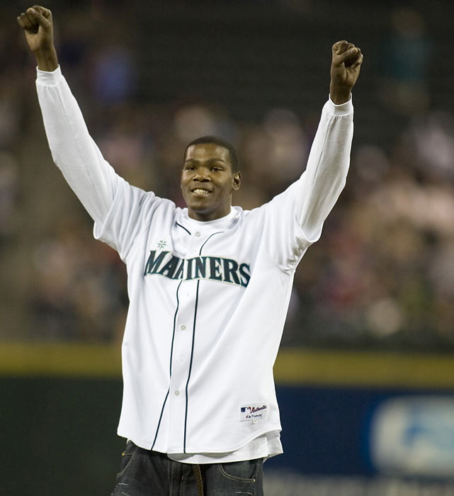 Durant endears himself to the Seattle fans after throwing out the ceremonial first pitch on Sept. 29, 2007.  He immediately became a fan-favorite following his selection in the NBA Draft and posted 20.3 points per game in his rookie season with the Sonics.