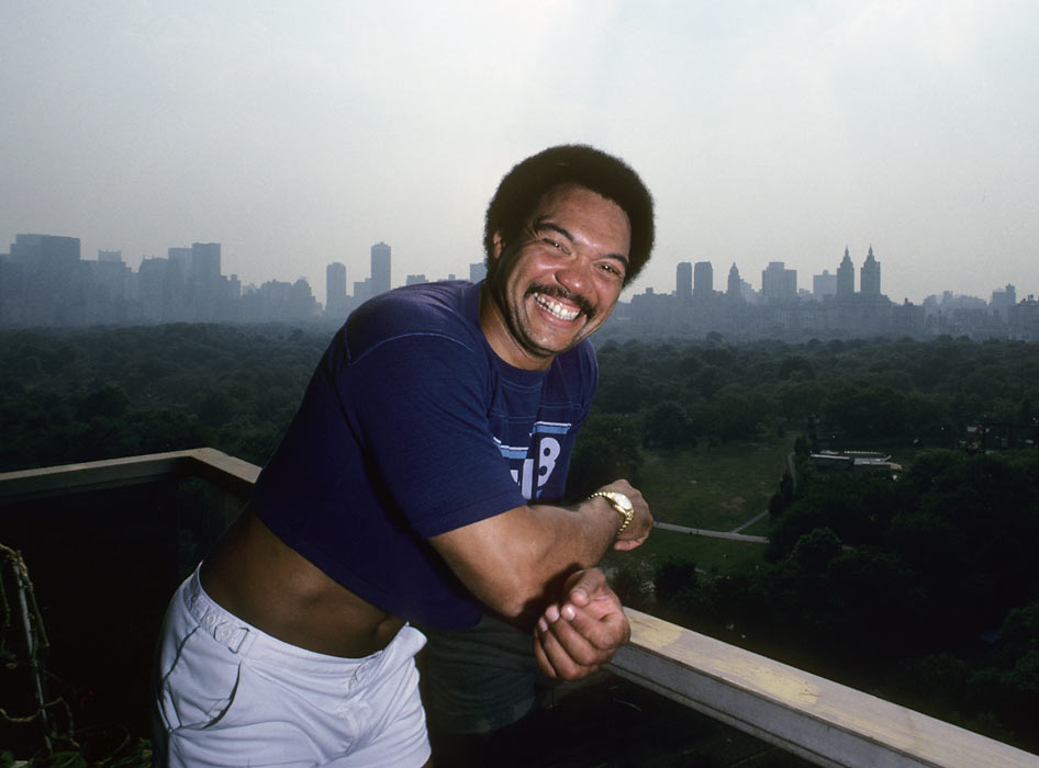 After being signed by the Yankees in 1976, Reggie Jackson immediately became a polarizing figure in the Bronx.  New York fans loved him for his home-run hitting ability, especially his famous three-homer game in the 1978 World Series, but questioned his loyalty to teammate Thurman Munson and manager Billy Martin.  In 1980, Jackson cranked a career-high 41 home runs for the AL runner-up Yankees.
