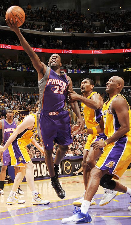 2009-10 Key Stats: 15.7 ppg | 5.1 rpg | 2 3PM | 1.2 tpg   What Jason Richardson lacks, he more than makes up for in other categories.  Defined by his athletic dunks early in his career, Richardson has evolved into a gunner in Phoenix.  In last season's the playoffs Richardson showed what he's capable of doing, averaging 19.8 ppg, 5.4 rpg and three 3-pointers a night in 16 playoff games.  With Amar'e Stoudemire in New York, Richardson should be the primary beneficiary of Nash's assists. The downside? Richardson doesn't drop many dimes or make much of an impact on defense.  But in the fifth or sixth round no one is going to be that well-rounded.