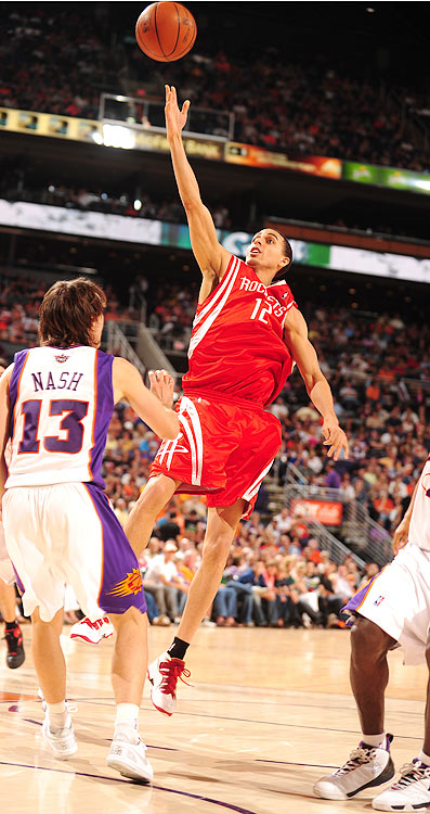 2009-10 Key Stats: 21.3 ppg | 2.9 rpg | 1.3 3PM | 1 spg   The other member of the sharpshooting Houston Rockets backcourt, Kevin Martin has the skills to be a high draft pick. Unfortunately, his frail frame has limited the former Sacramento King to an average of 52 games over the last three seasons. His numbers, especially his stellar free-throw percentage, makes him a great addition to your squad, but the risk of injury makes him a questionable pick before the sixth round.