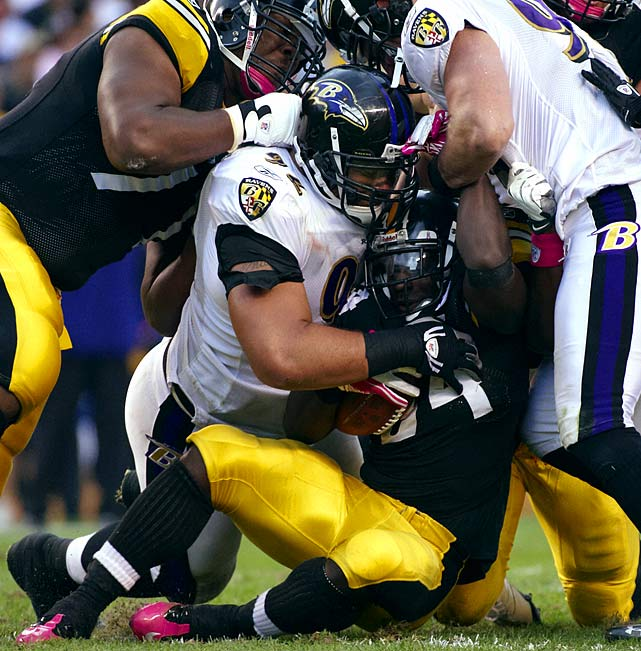 One of the few defensive linemen athletic enough to play any position along the defensive line, Haloti Ngata has also been receiving some snaps on the offensive side of the ball this season too.  The multifaceted lineman isn't going to become a wide receiver anytime soon, but the Ravens will happily settle for the havoc he wreaks on opposing running games.