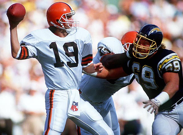 Browns' quarterback Bernie Kosar gets set to deliver a pass during their Week 7 matchup with the San Diego Chargers.  He was more accurate than not over the course of the season, completing 62 percent of his passes while firing a career-high 24 touchdown passes.  Kosar pioneered the Browns to 10-5 and an AFC Central Division crown, though they dropped this one 27-24.