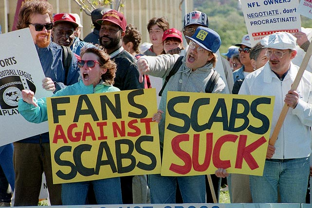A bevy of fans who supported the players in the strike protested as other fans headed into RFK Stadium for a game between the Redskins and Cardinals.