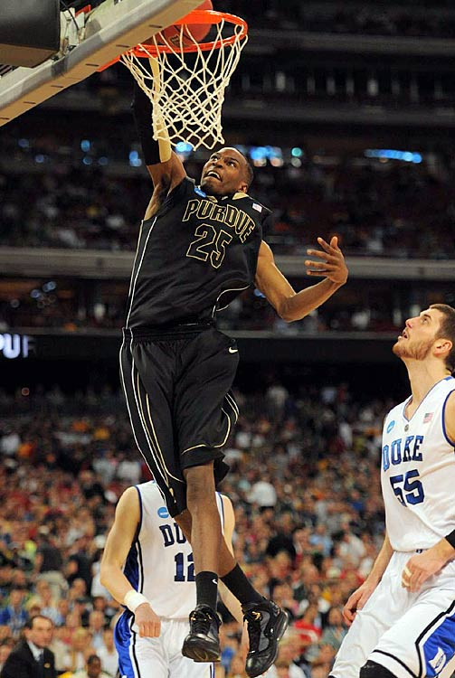 The injury to Robbie Hummel was an enormous hit to Purdue's national title aspirations, but the Boilers still boast some of the nation's top talent, including multi-faceted big man JaJuan Johnson. Johnson flirted with the NBA draft, but decided to withdraw his name to make one more run at the Final Four. He's a steady scoring force in the paint and has steadily extended his shooting range over the years. Defensively, Johnson is a menace, leading the Big Ten in blocks per game (2.0) and averaging a team-high 7.1 rebounds.