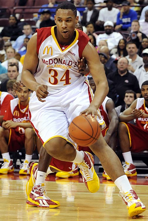 "Born and raised in Columbus, Sullinger decided to stay home for college and attend Ohio State. The beastly, 280-pound forward was a consensus top-five overall recruit and possesses a power post game that should translate very well to the rugged Big Ten. ""Big Sully"" headlines a six-man freshman class that should mix in well with veterans David Lighty, Jon Diebler, William Buford and Dallas Lauderdale and keep Ohio State at the top of the conference."