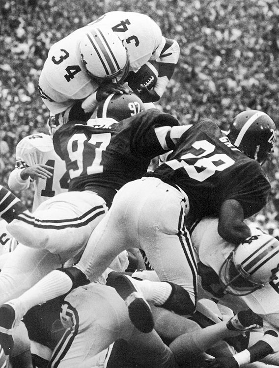 The game that forever endeared Bo Jackson to the Auburn faithful ended Alabama's nine-year winning streak (the longest in the rivalry's history) over the Tigers.  With the ball on the one-yard line, the Tigers turned to Jackson who leaped over the pile to put Auburn on top 23-22.  It was also Bear Bryant's last Iron Bowl.