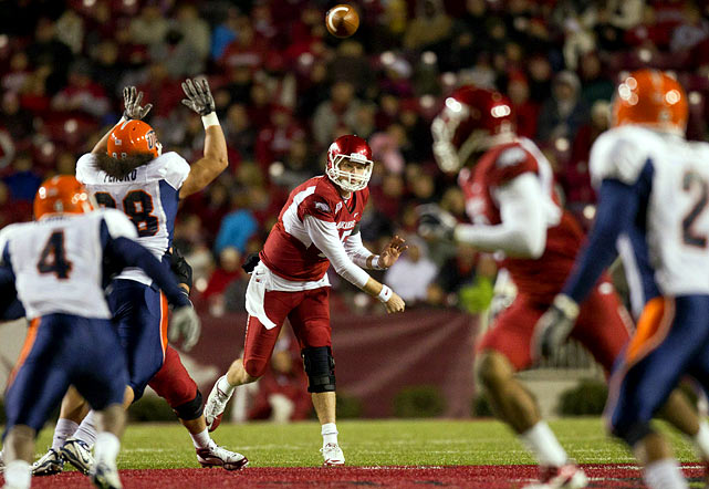 Last Week:  19-of-26 for 215 yards and five TDs; four rushes for 18 yards and one TD in 58-21 win over UTEP   Season:  212-of-315 passing for 2,967 yards, 24 TDs and eight INTs; 33 rushes for minus-20 yards and four TDs; one punt for 43 yards  After a two-week absence, Mallett makes his return to the Watch with another record-setting performance. He threw a Razorbacks' best five TDs vs. the Miners and ran for another, equaling the program mark for total touchdowns in a game. He now owns or has tied 37 school or stadium records in his two years at Arkansas. Over the last three games, Mallett is 67 of 100 for 927 yards, nine TDs and one pick.   Next Up:  Saturday at No. 22 Mississippi State