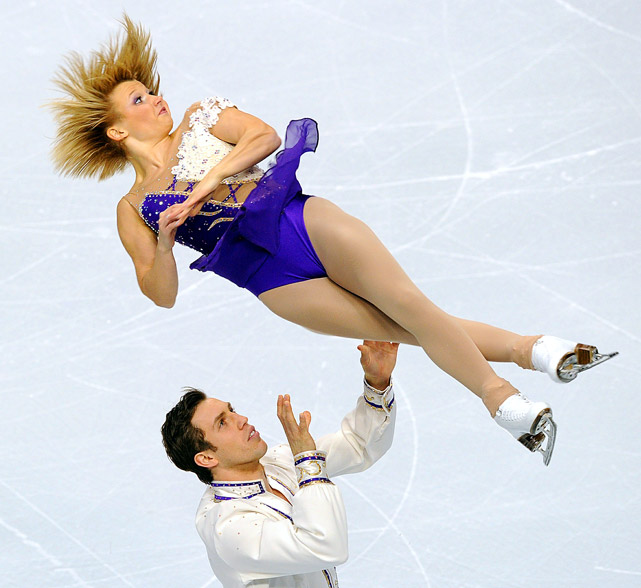 Kristen Moore-Towers and Dylan Moscovitch from Canada compete during the Pairs Short Program of the 2010 Skate America Nov. 12 in Portland. They finished in second place.