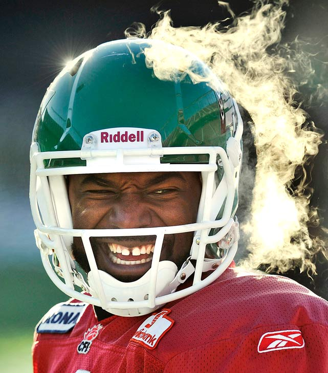 Saskatchewan Roughriders quarterback Darian Durant smiles during their freezing cold practice Nov. 24 in Edmonton. The Montreal Alouettes defeated the Saskatchewan Roughriders 21-18 in the 98th Grey Cup on Sunday.