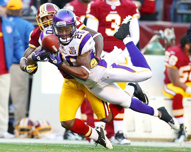 Safety Madieu Williams of the Minnesota Vikings breaks up a pass intended for wide receiver Anthony Armstrong of the Washington Redskins during their Nov. 28 game in Landover. The Vikings defeated the Redskins 17-13.