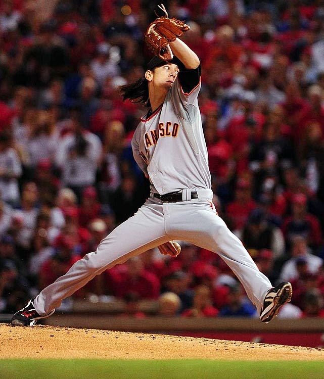 The Freak dazzled in Game 5, hurling eight innings of one-run ball in the Giants' series-clinching victory. Lincecum anchored a dominant pitching staff that boasted a minuscule 2.47 ERA during postseason play.