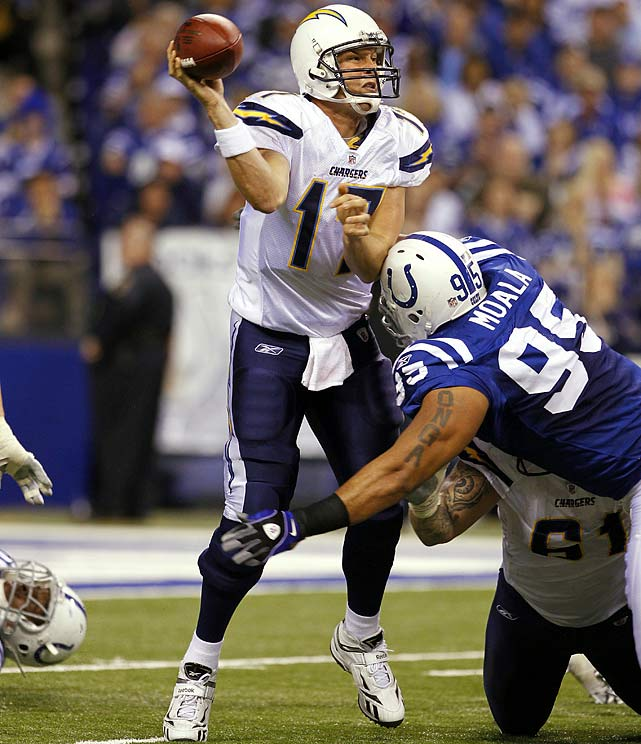 19-of-23 passing for 185 yards; three rushes for seven yards in 36-14 win over the Colts.