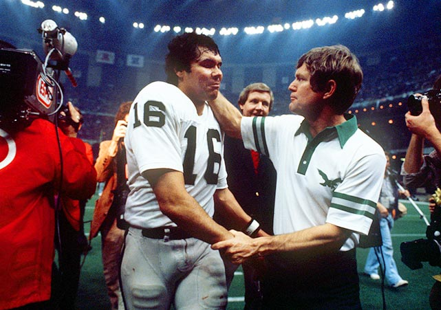 Philadelphia coach Dick Vermeil congratulates QB Jim Plunkett after the Raiders beat the Eagles in Super Bowl XV. Plunkett was named MVP after throwing for 261 yards and three touchdowns.