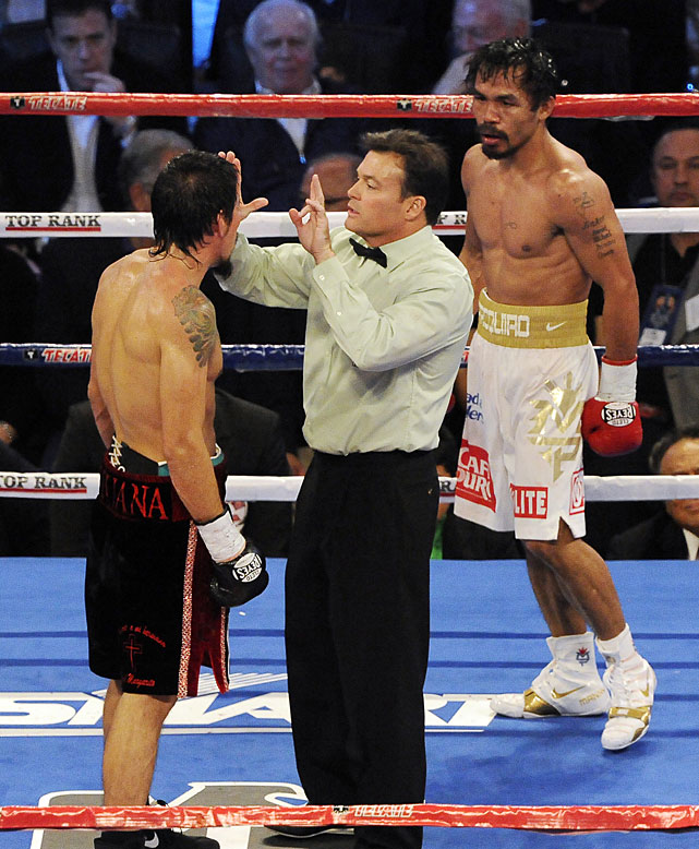 Several times during the late rounds, referee Laurence Cole tested Margarito's vision before allowing the fight to proceed.