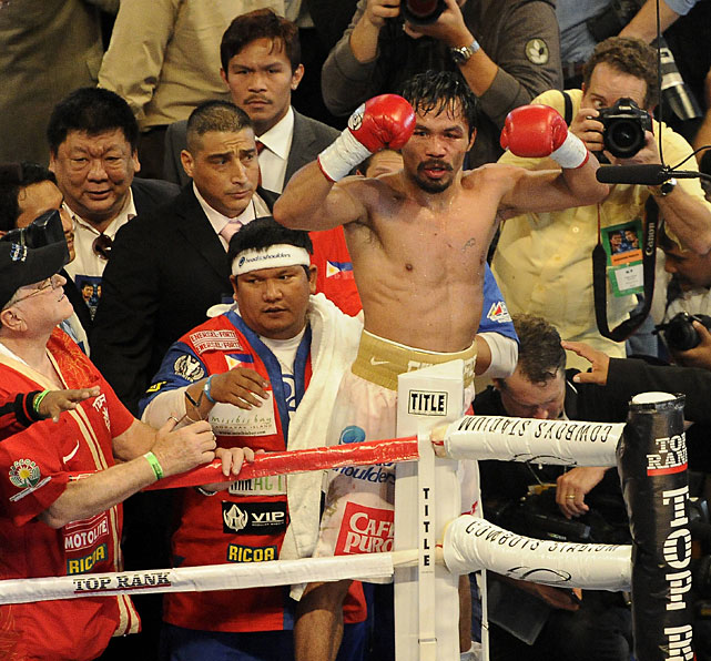 Pacquiao extended a streak of 13 straight victories, improving to 52-3-2 overall.