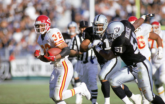"Marcus Allen had played his whole career as a member of the home team at the Coliseum. He played four years there with USC, and then 11 more as a Raider. But on Nov. 14, 1993, Allen made his first visit to the Coliseum as a member of the visiting Chiefs. After receiving an ovation from the sellout crowd, Allen rushed for 85 yards and made several big plays that carried the K.C. to a 31-20 victory. After one such play, a Raiders fan yelled up to Al Davis' private booth, ""Nice move, idiot,"" in reference to letting Allen slip away. It was as if he said what everyone was thinking that day."
