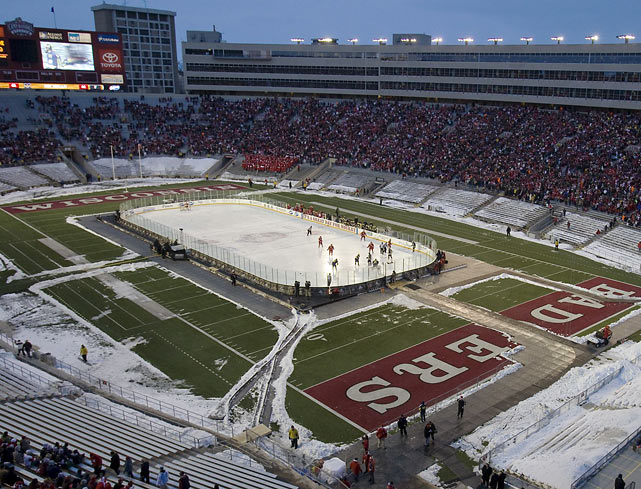 Both the men's and women's hockey teams got in on the action at Camp Randall Stadium on Feb. 6, 2010. In front of 55,031 fans, the Wisconsin women won 6-1 over Bemidji State before the men defeated Michigan 3-2.