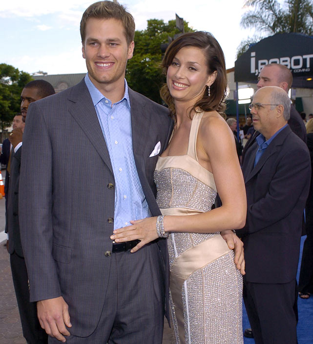 Brady was also scoring off the field, dating actress Bridget Moynahan from 2004 to late 2006. The couple had a child, John Edward Thomas Moynahan, born on Aug. 22, 2007.