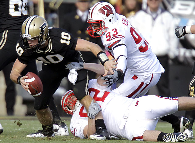 Wisconsin got off to a sluggish start offensively against Purdue, managing just two first-half field goals. But sparkplug Montee Ball rushed for two second-half touchdowns and the Badgers held Boilermakers quarterback Sean Robinson to 142 passing yards, one touchdown, three interceptions and 31 rushing yards on 12 attempts.