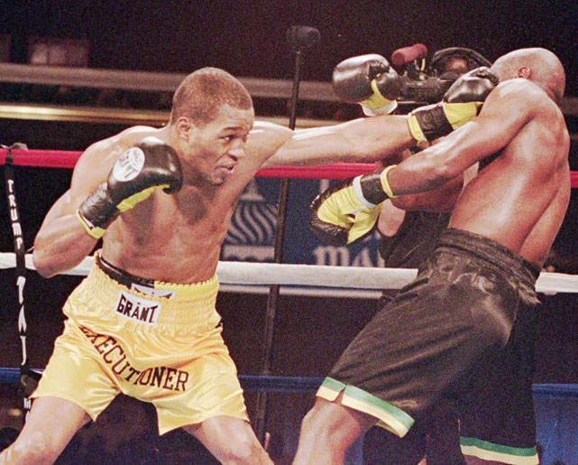 Hopkins retained the IBF title yet again with a sixth-round TKO of Simon Brown at the Trump Taj Mahal in Atlantic City.