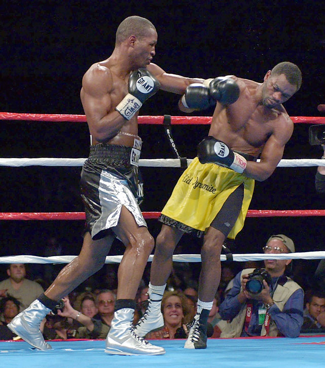 Hopkins was extended to 10 rounds in his 12th middleweight title defense, a rematch with Antwun Echols in Las Vegas.