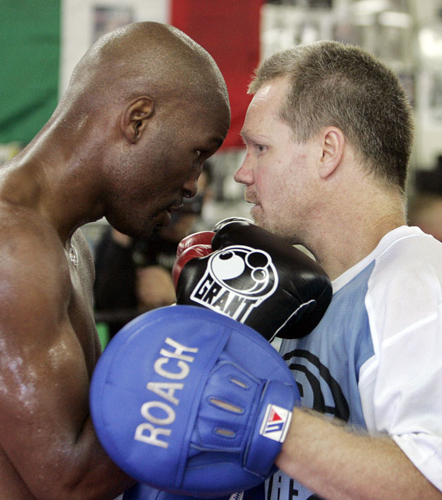 Hopkins paired up with legendary trainer Freddie Roach for a 2007 fight with pound-for-pounder Winky Wright.