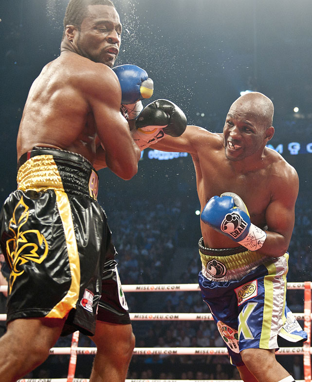 Hopkins avenged the controversial draw at Montreal's Bell Centre with a unanimous-decision victory over Pascal in their rematch to become the oldest major world champion in boxing history at 46.