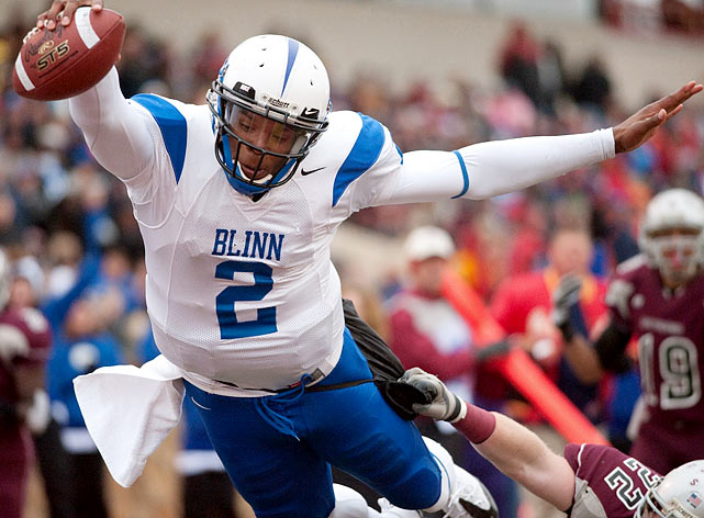 In November 2008, Newton was arrested on felony charges of burglary, larceny and obstruction of justice after allegedly purchasing a stolen laptop from a student. He was suspended from the team and withdrew from Florida soon thereafter. He transfered to Blinn Junior College and led the team to the 2009 NJCAA National Football Championship. He was heavily recruited and decided to play for Gene Chizik at Auburn.