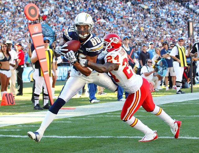 Chargers wide receiver Malcom Floyd catches a touchdown pass against Chiefs cornerback Brandon Flowers in San Diego's 31-0 home victory on Dec. 12.