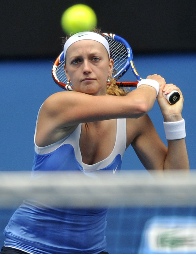 Kvitova returns to Zvonareva during their quarterfinal. Zvonareva advanced with a 6-2, 6-4 victory.