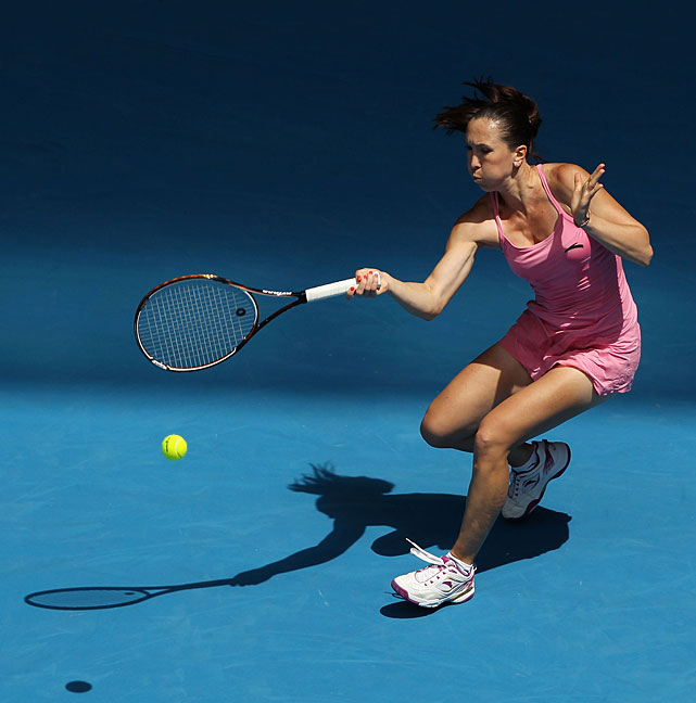 Seventh-seeded Jelena Jankovic coasted to a straight-sets victory over Russia's Alla Kudryavtseva.