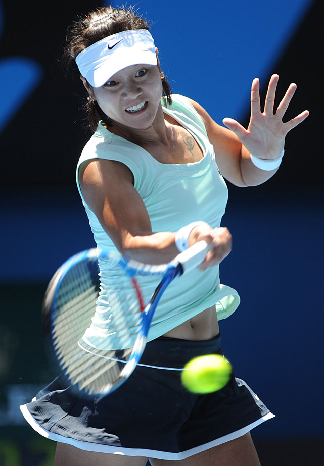 Li Na of China returns to Victoria Azarenka of Belarus during their fourth-round match. The ninth-seeded Li won 6-3, 6-3 and advanced to a quarterfinal meeting with Andrea Petkovic.