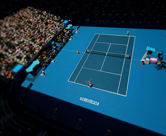 An aerial view of the Wozniacki-Sevastova match using a variable planed lens.