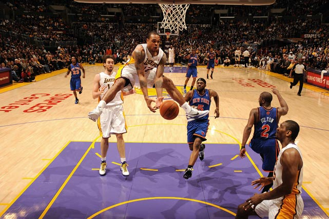 Shannon Brown of the Los Angeles Lakers tries to get a handle on the ball against the New York Knicks on Jan. 9 at the Staples Center in Los Angeles. The Lakers won 109-87.