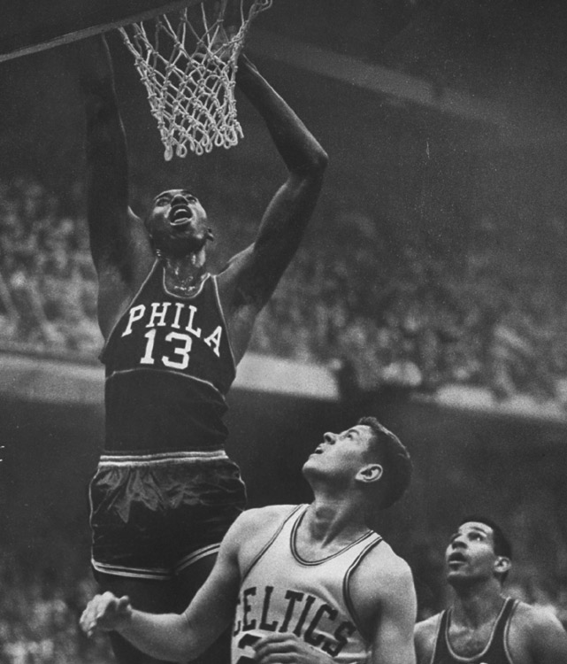 Arguably the greatest rookie in history, Chamberlain played one season for the Harlem Globetrotters before joining the Warriors in 1959. All he did was win Rookie of the Year, Most Valuable Player and average an NBA-rookie record of 37.6 points and 27 rebounds per game. His rebounding total is the second highest average by any player in history, eclipsed only by Chamberlain's 27.2 mark the next season.