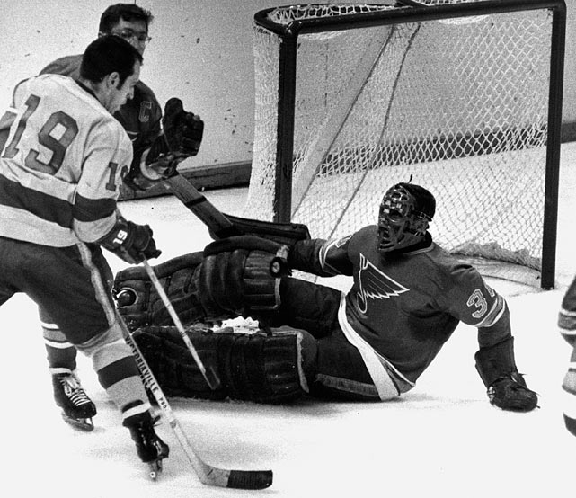 The man who popularized the use of facemasks and won six Vezina trophies with Montreal retired in 1965 after two seasons with the New York Rangers. He returned at 39 in 1968 to share netminding duties with fellow Hall of Famer Glenn Hall on the expansion St. Louis Blues. Plante played in two Stanley Cup finals with St. Louis and shared the Vezina with Hall in 1969. With an obvious second wind, Plante continued to man the net for Toronto, Boston and the WHA's Quebec Nordiques and Edmonton Oilers until 1975.