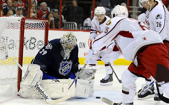 The Penguin netminder fell behind 4-0, but recorded 10 saves as Team Lidstrom forged a 4-4 tie after the first period and went on post an 11-10 victory.