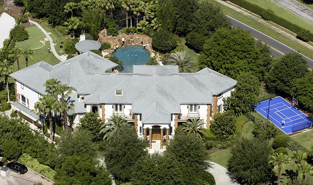 Griffey's Windermere estate has boasted neighbors like Tiger Woods, Shaw, Arnold Palmer and Barry Larkin over the years.