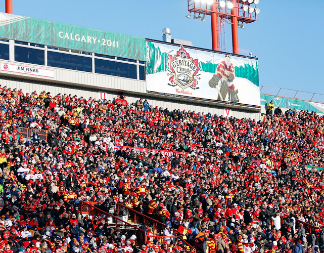 The announced attendance was 41,022. The first Heritage Classic in Edmonton in 2003 drew 57,167 fans.